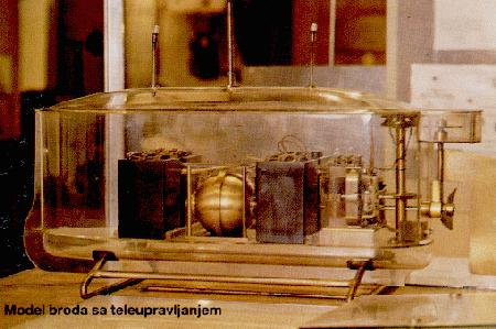One of Tesla's Wireless Transmitters.